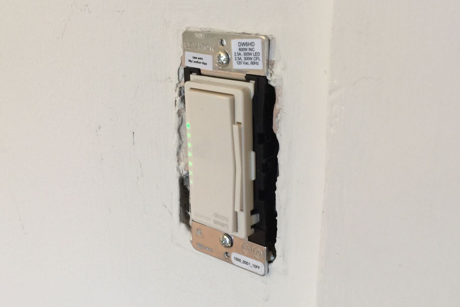 hight resolution of levitonsmartdimmer