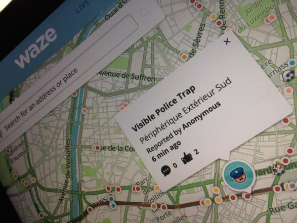 Apps and websites may soon be banned from warning of police traps in France.