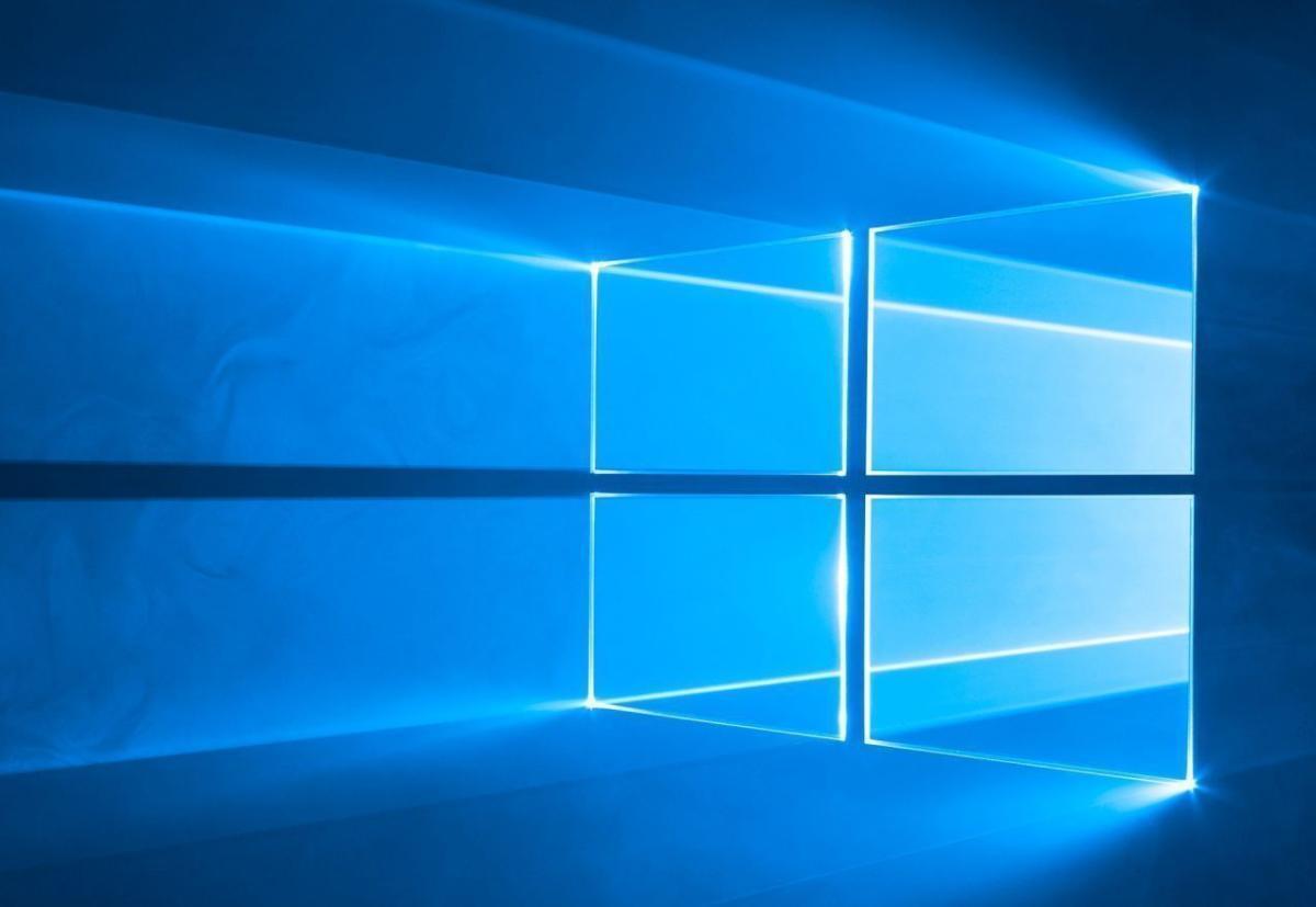 Microsoft Wallpaper Slideshows Fall Microsoft Pushes Ahead With Redstone 3 The Next Big