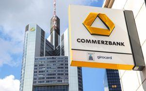 Commerzbank, perdita da 2,9 miliardi nel 2020: il titolo crolla in borsa