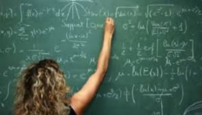 Risultati immagini per docenti mal pagati