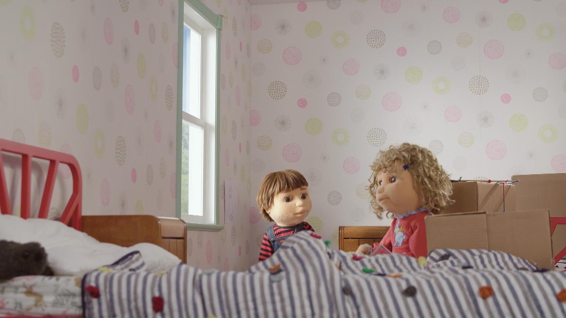 Cannelle et Pruneau dcorent leur nouvelle chambre  PassePartout  Zone Vido TlQubec