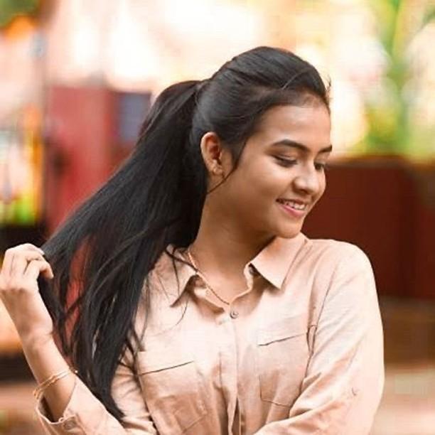RGV new movie Actress Sahithi Avancha HD images