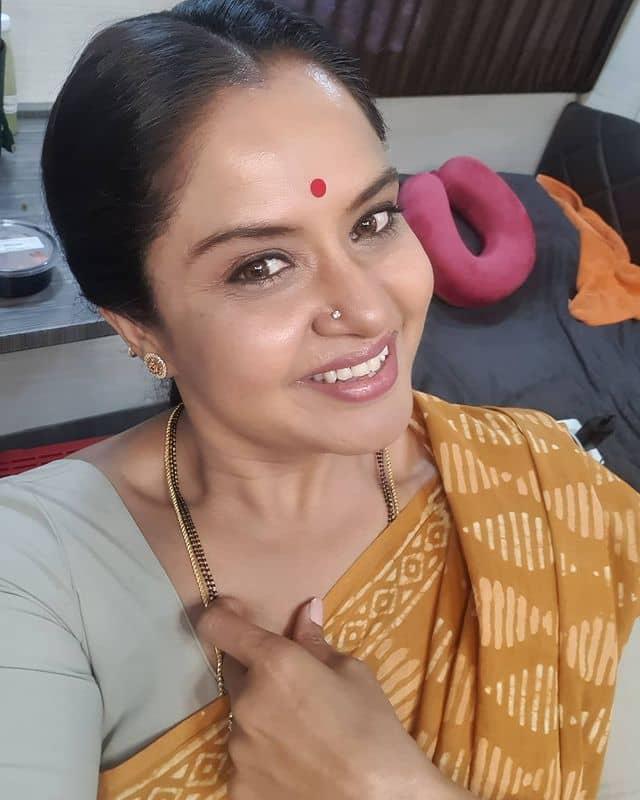 Pragathi-Mahavadi-instagram-images