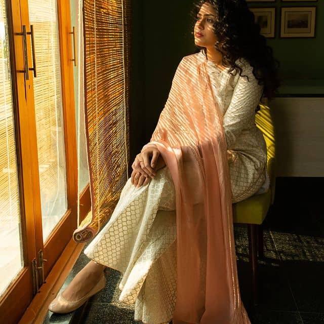 Faria-Abdullah-Images