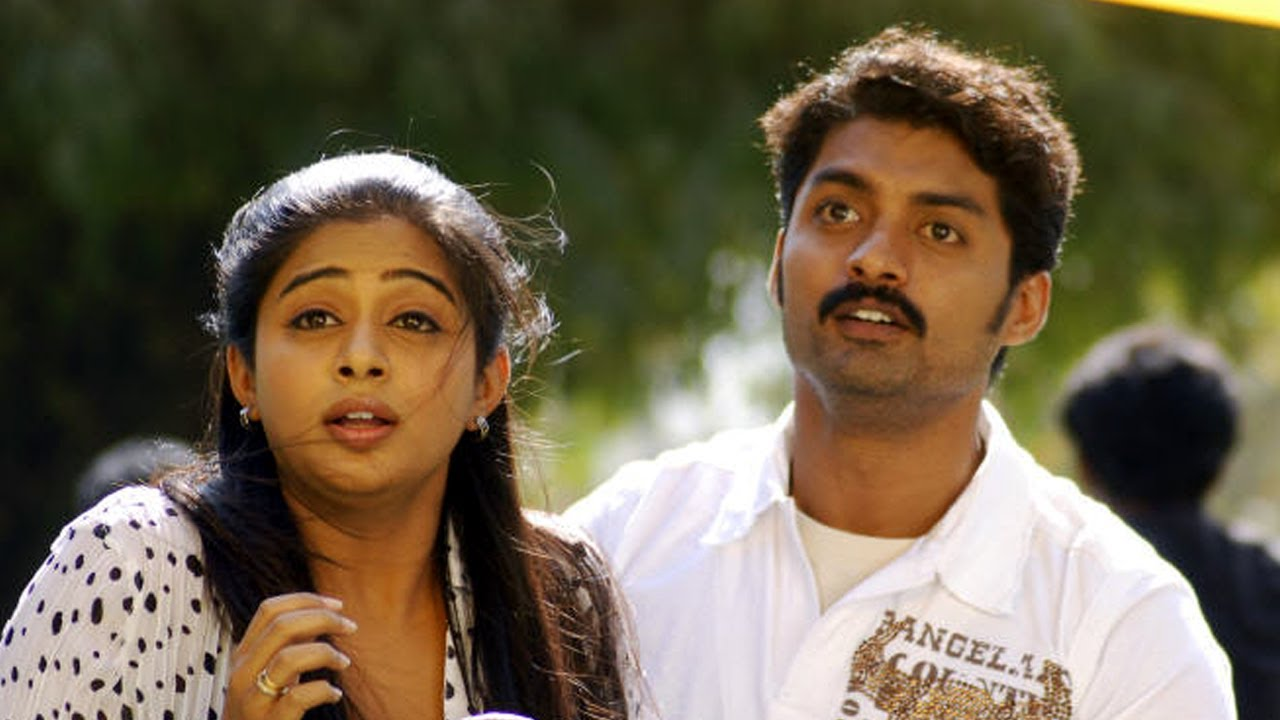 Heroines who acted with brothers