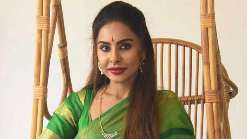 sri reddy video about samantha dressing sense