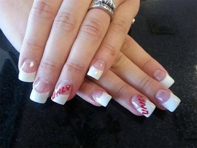 This Acrylic Nail Designs For Summer Is Very Chic And Fashionable If You Feel That Will Be Unable To Carry Heavy Design Then Ask Your Stylist