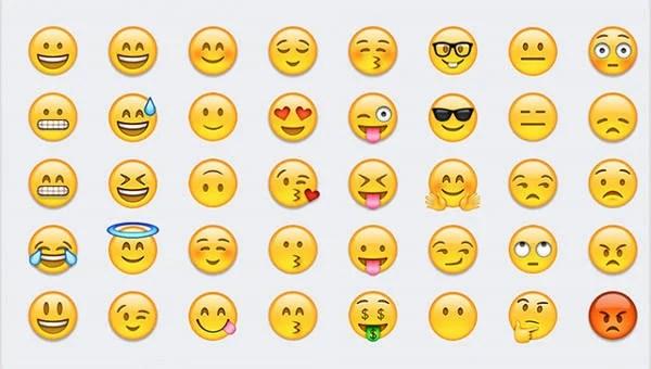 30 emoji stories sentences