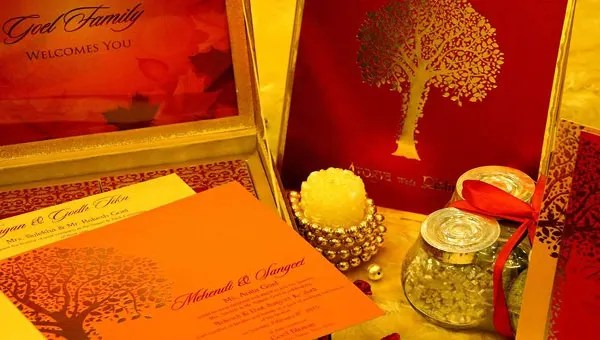 35 traditional wedding invitations