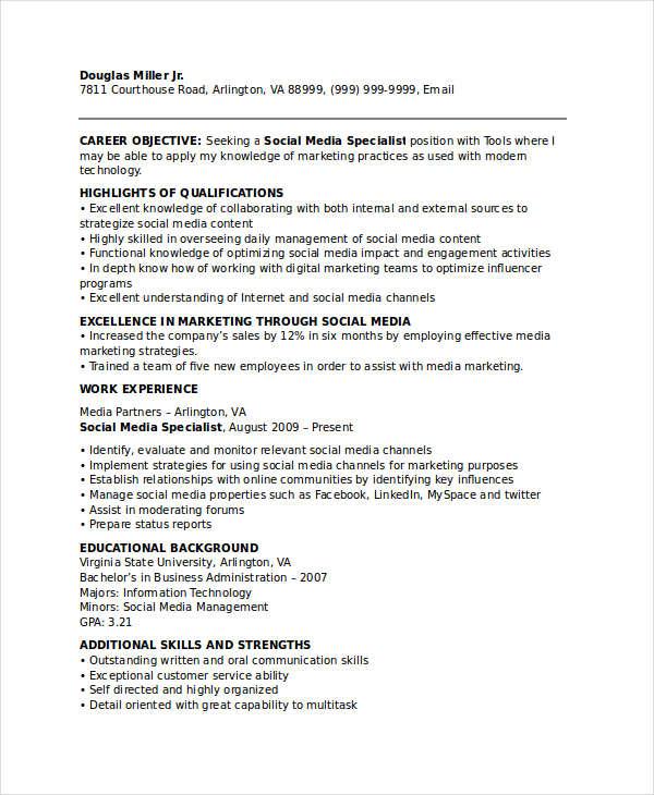resume social media specialist