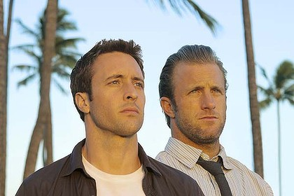 Crime wave ... Alex O'Loughlin and Scott Caan.