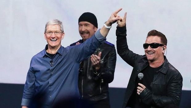 Apple chief Tim Cook with U2 at the launch of the new iPhone 6.