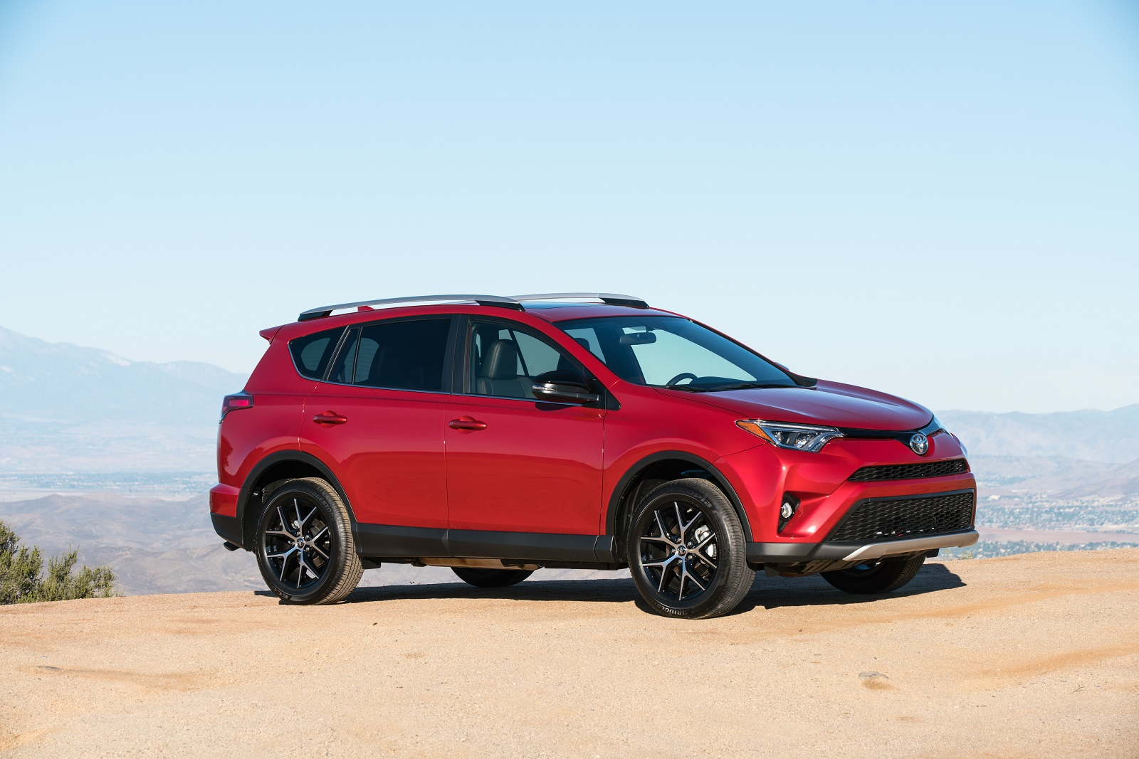 2016 Toyota RAV4 Review. Ratings. Specs. Prices. and Photos - The Car Connection