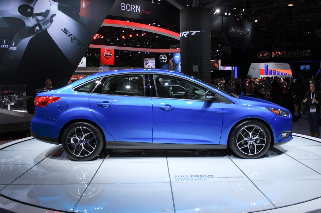 2015 Ford Focus Updates: New Front Styling. 1.0-Liter Three-Cylinder Option - Live Photos
