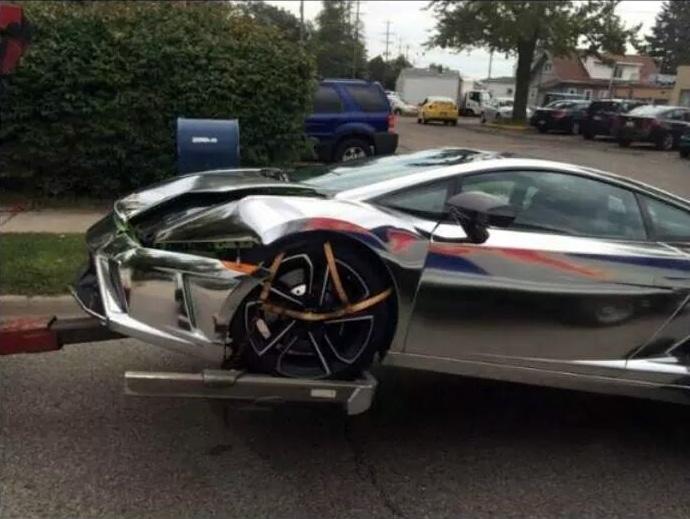 Chrome Lamborghini Crashes Into Jeep Wrangler In Michigan