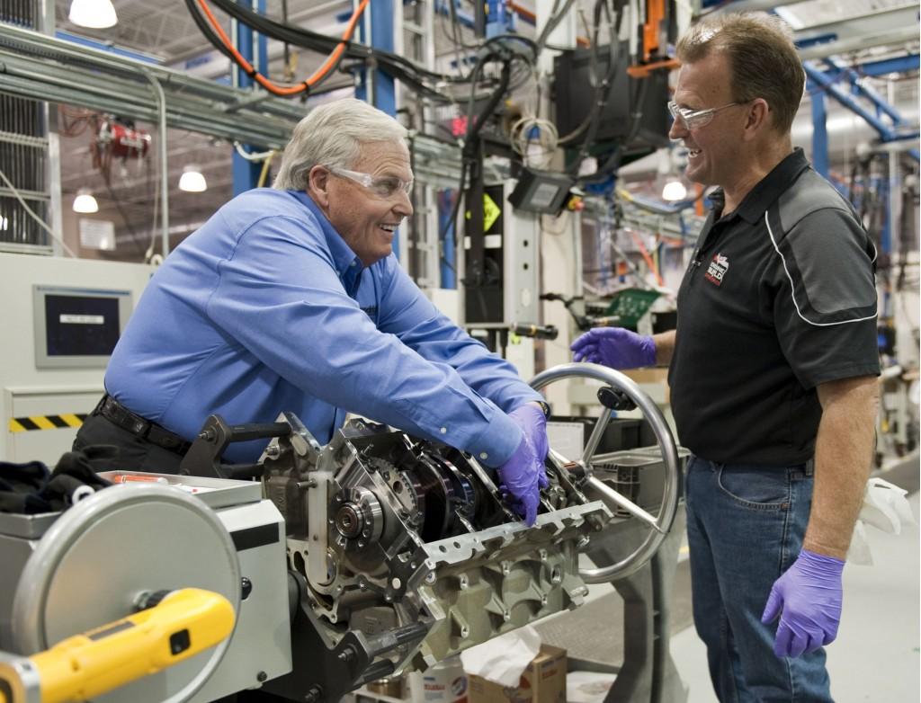 Enggine Rick Hendrick Chevrolet Buford 2018. Rick Hendrick Handbuilds A  Corvette Z06 Engine