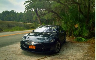 2013 Tesla Model S in Florida, during New York to Florida road trip [photo: David Noland]