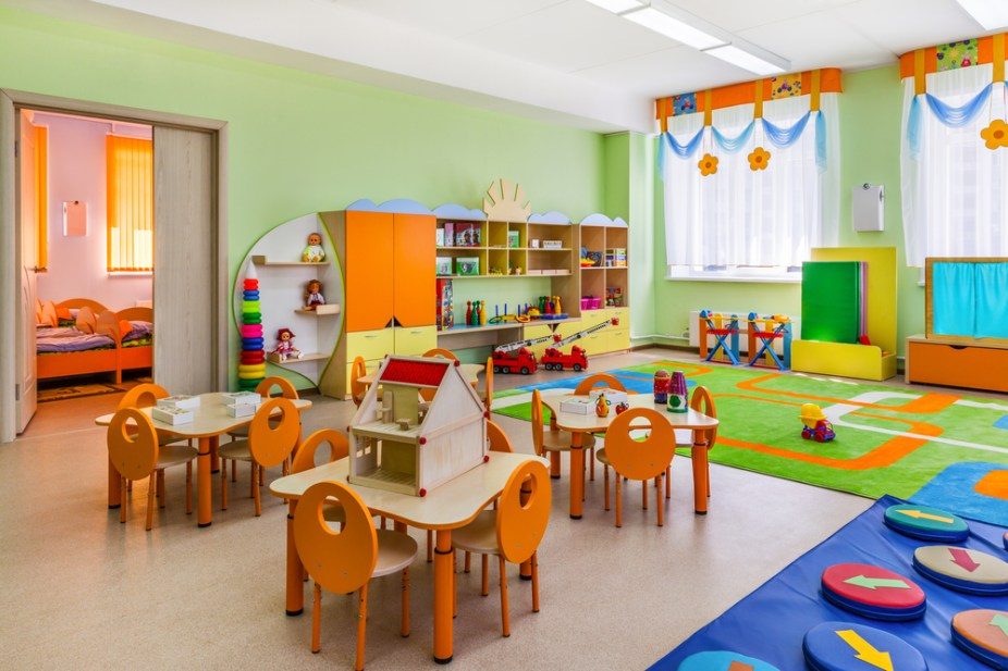 To continue the theme, watermelon decals embellish the plain white walls. Decoration or distraction: the aesthetics of classrooms
