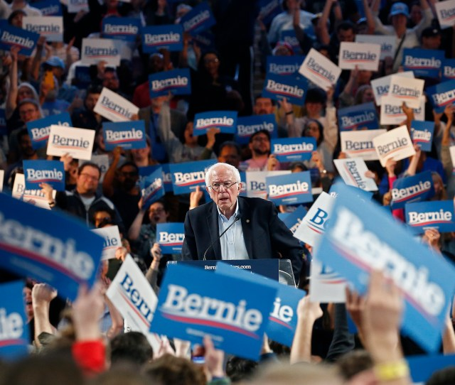 Bernie Sanders Easily Wins Nevada Caucus The Coalition Regains