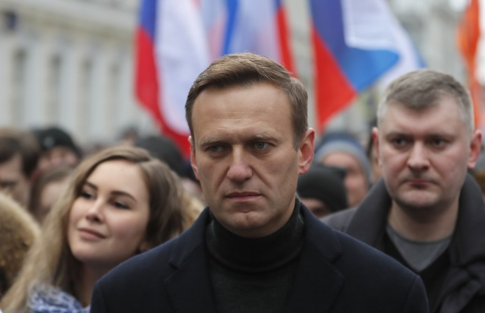 Alexei Navalny suspected poisoning: why opposition figure stands ...