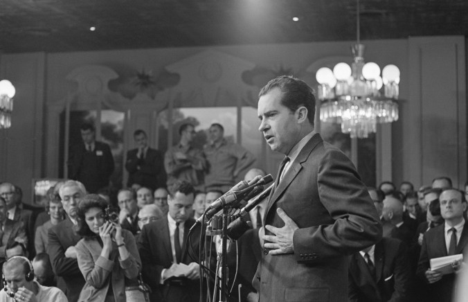 Nixon addresses the press after his 1962 loss.