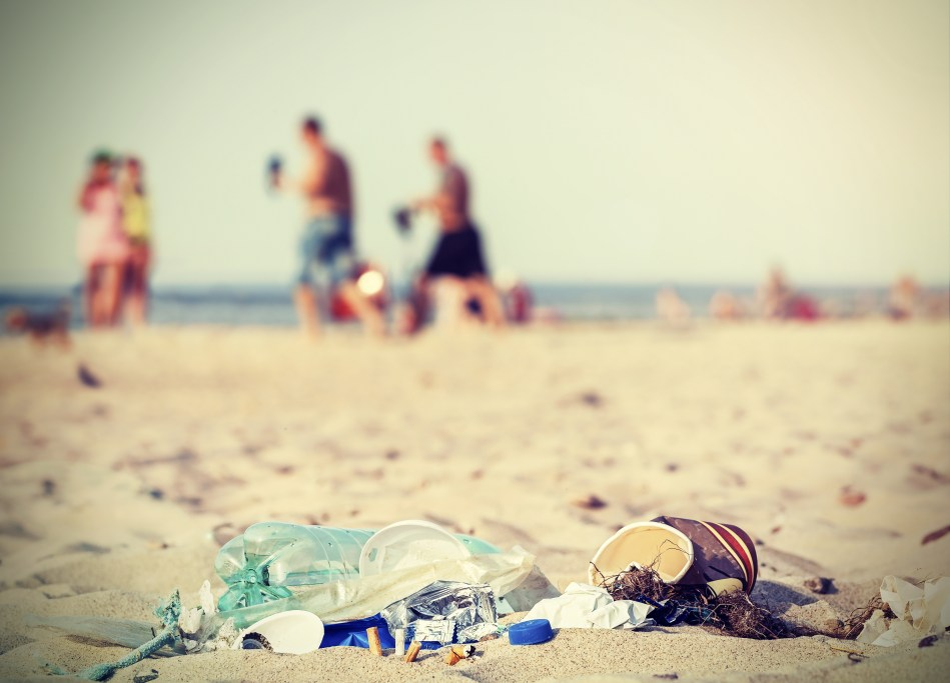 Rubbish on a tourist beach