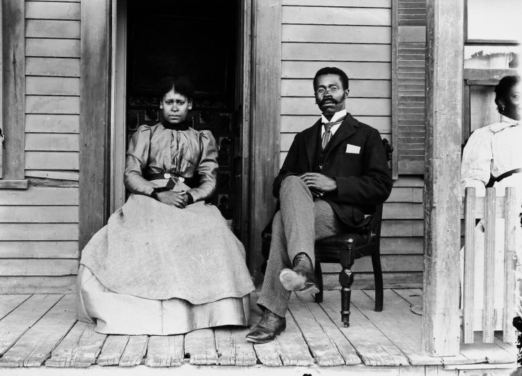 How Black Americans used portraits and family photographs to defy stereotypes 3/14/21