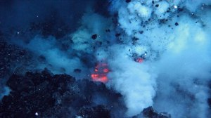 Deep-sea volcanic eruptions create a megaplum that could have spread early life