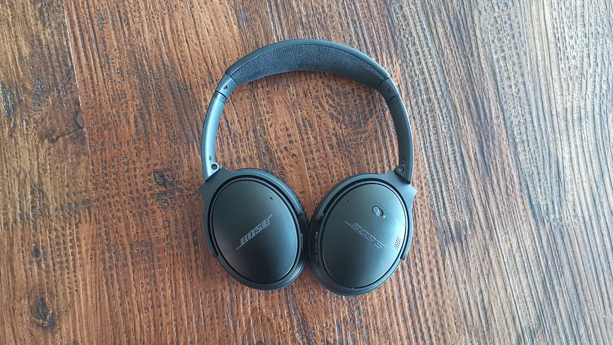 Sony WH-1000XM3 comparison with Bose QC35 II