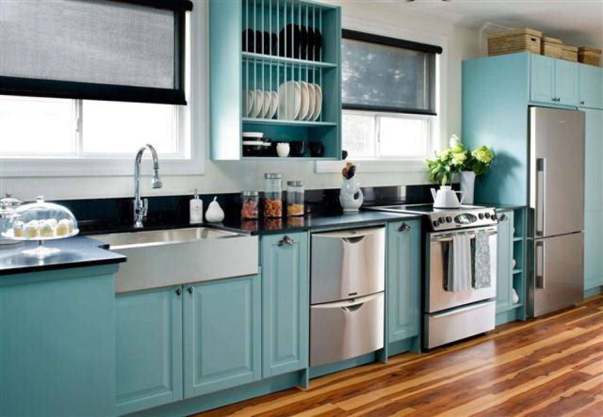 Kitchen Cupboards Get Custom Paint For Real Teal Appeal The Star