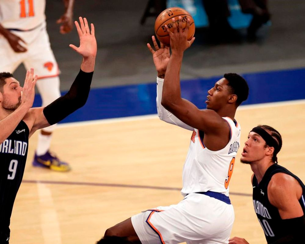 Randle's third triple-double lifts Knicks over Magic   The Star