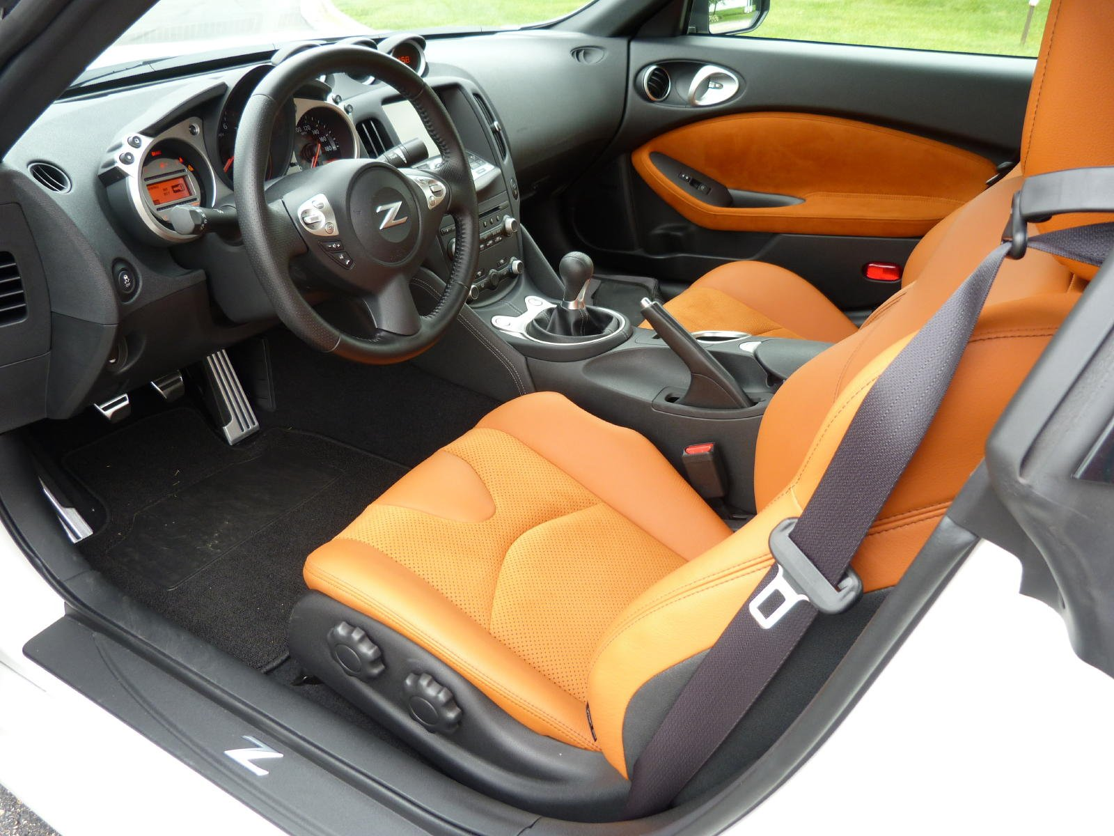 Review Nissan 370z Touring The Truth About Cars