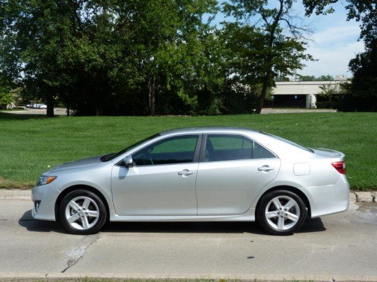 review 2012 toyota camry se the truth about cars. Black Bedroom Furniture Sets. Home Design Ideas