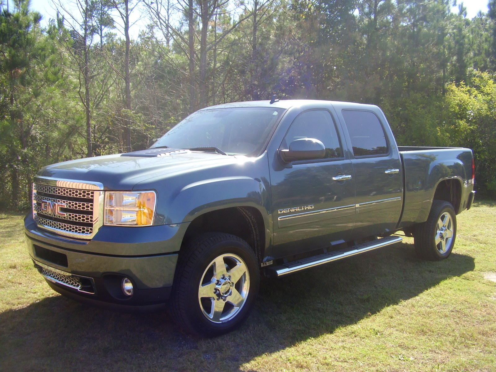 Review 700 Miles In A GMC Denali 2500 HD 4x4