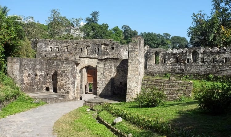 Explore Kangra Fort