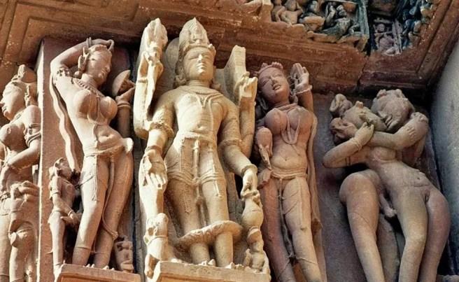 Résultats de recherche d'images pour «khajuraho temple»
