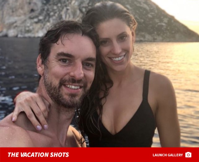 Pau Gasol and Hot GF in Bikini Take Romantic Trip to Ibiza