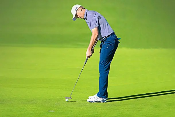 What Do Tour Pros Look At When Putting?  Today's Golfer