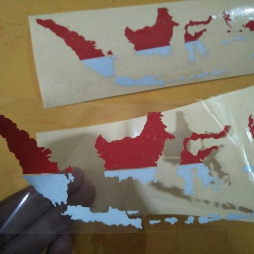 Go to download 784x297, peta indonesia merah putih png image now. Jual Cutting Stiker Peta Indonesia Merah Putih Jakarta Pusat Murahlaris35 Tokopedia