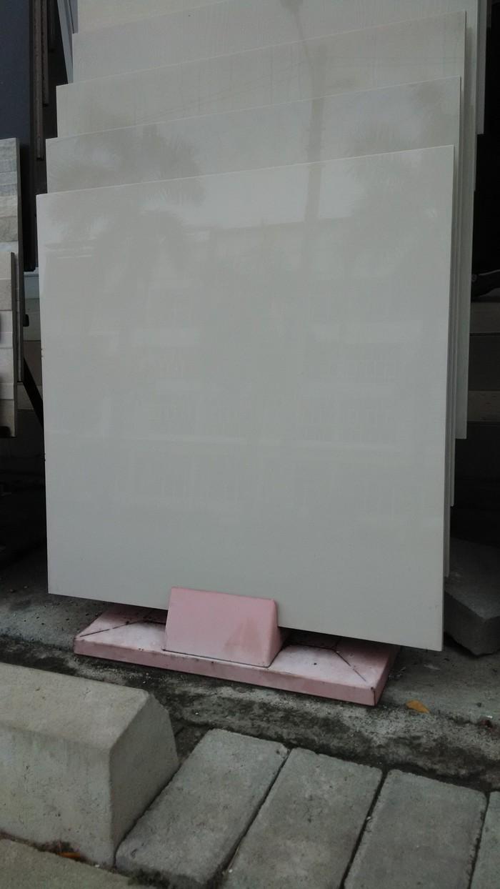 Harga Keramik Granit 60x60 : harga, keramik, granit, 60x60, Keramik, Granit, Polos, Cream, Jakarta, Barat, Rajawali, Tokopedia