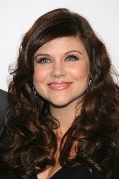 Tiffani Thiessen Embraces Her Post Baby Body