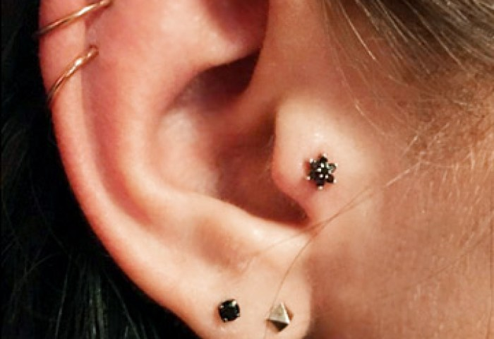 23 Delicate And Oh So Pretty Ear Piercing Ideas