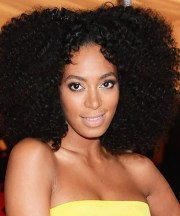 solange knowles' center part natural