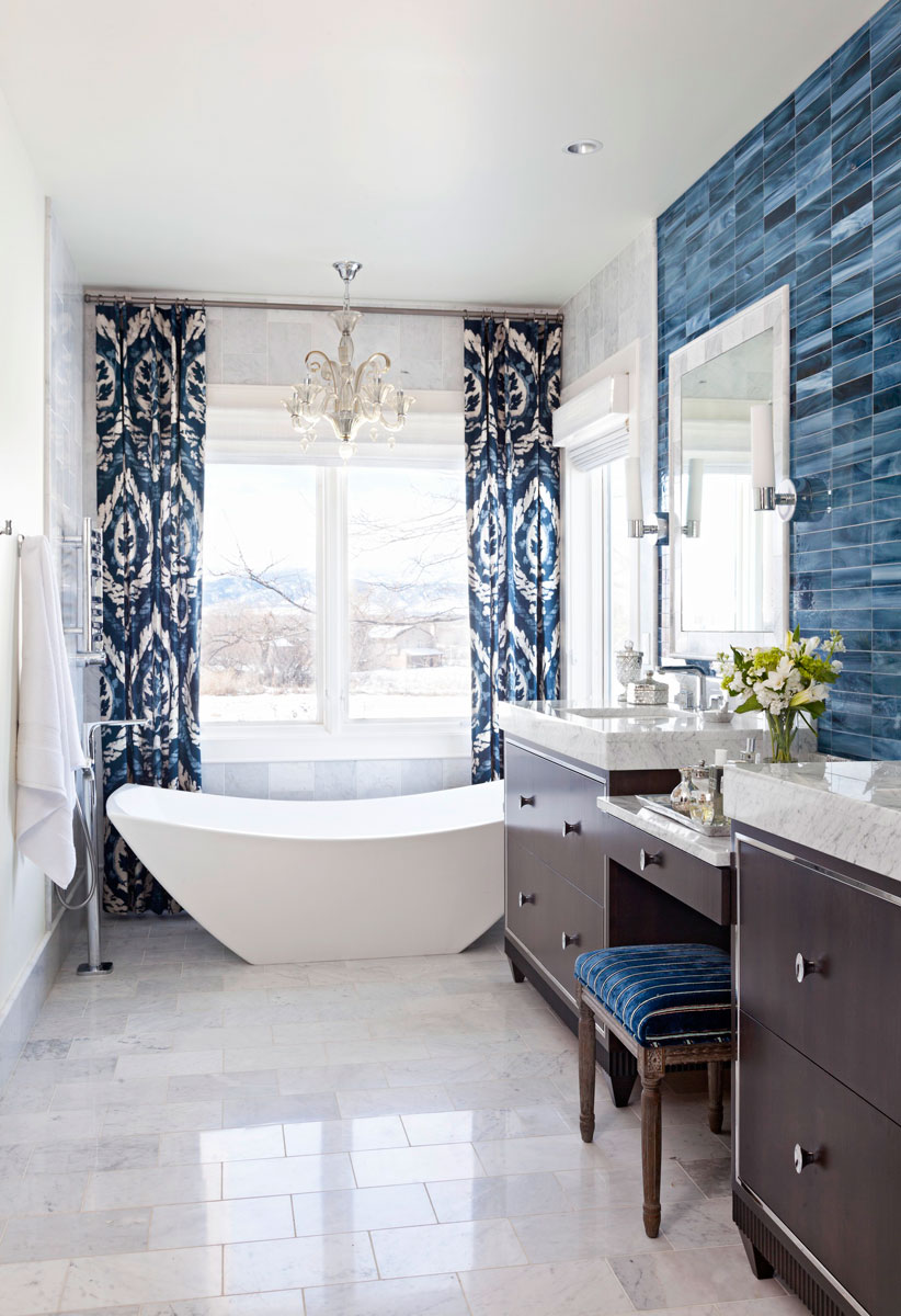 Decorating Ideas for BlueandWhite Bathrooms