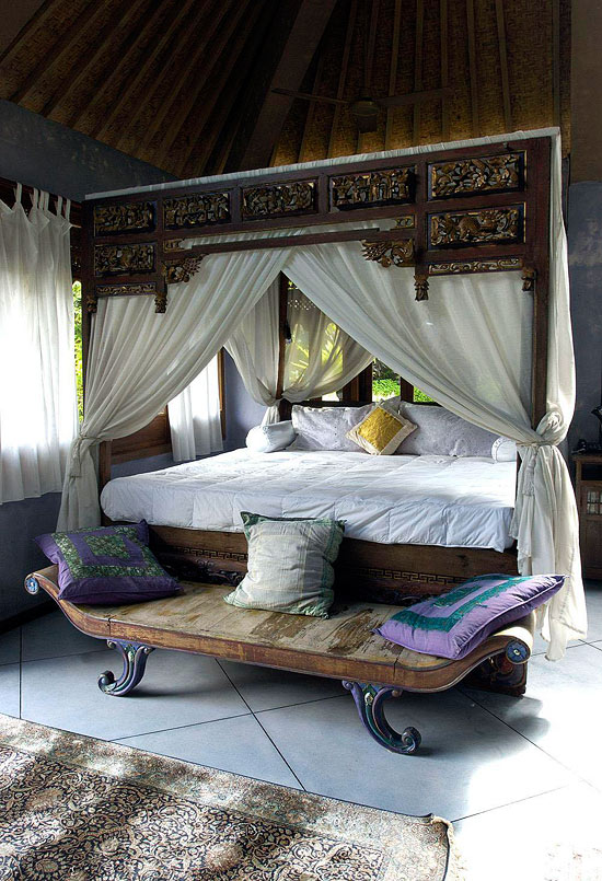 Bedroom Decorating Ideas From Arty to Exotic