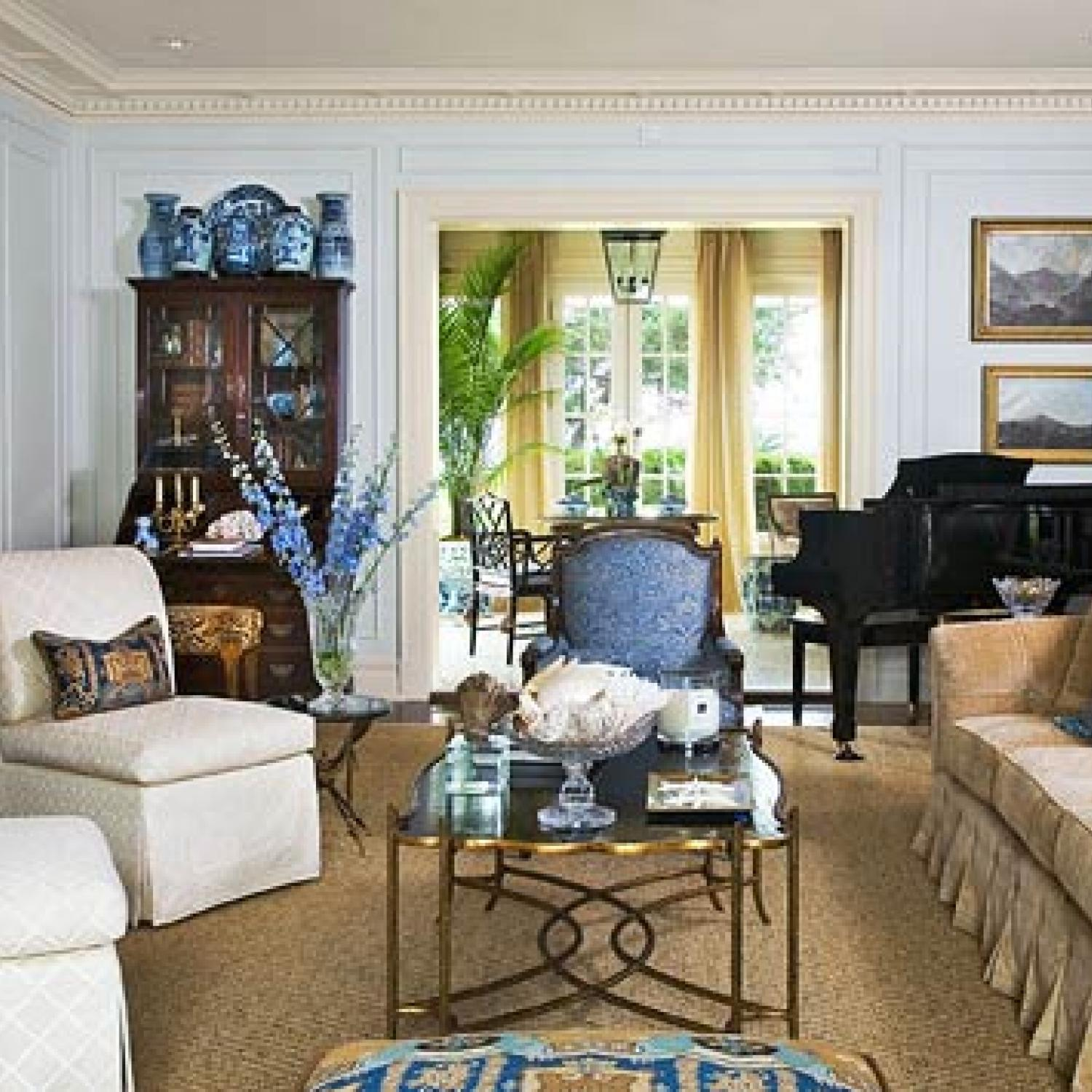 Traditional Home Living Room
