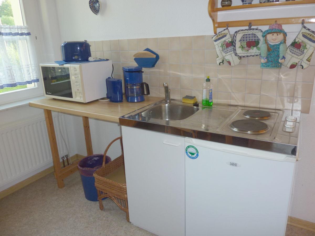 Miniküche Mit Kühlschrank Und Mikrowelle : Miniküche mit kühlschrank miniküche teepantry