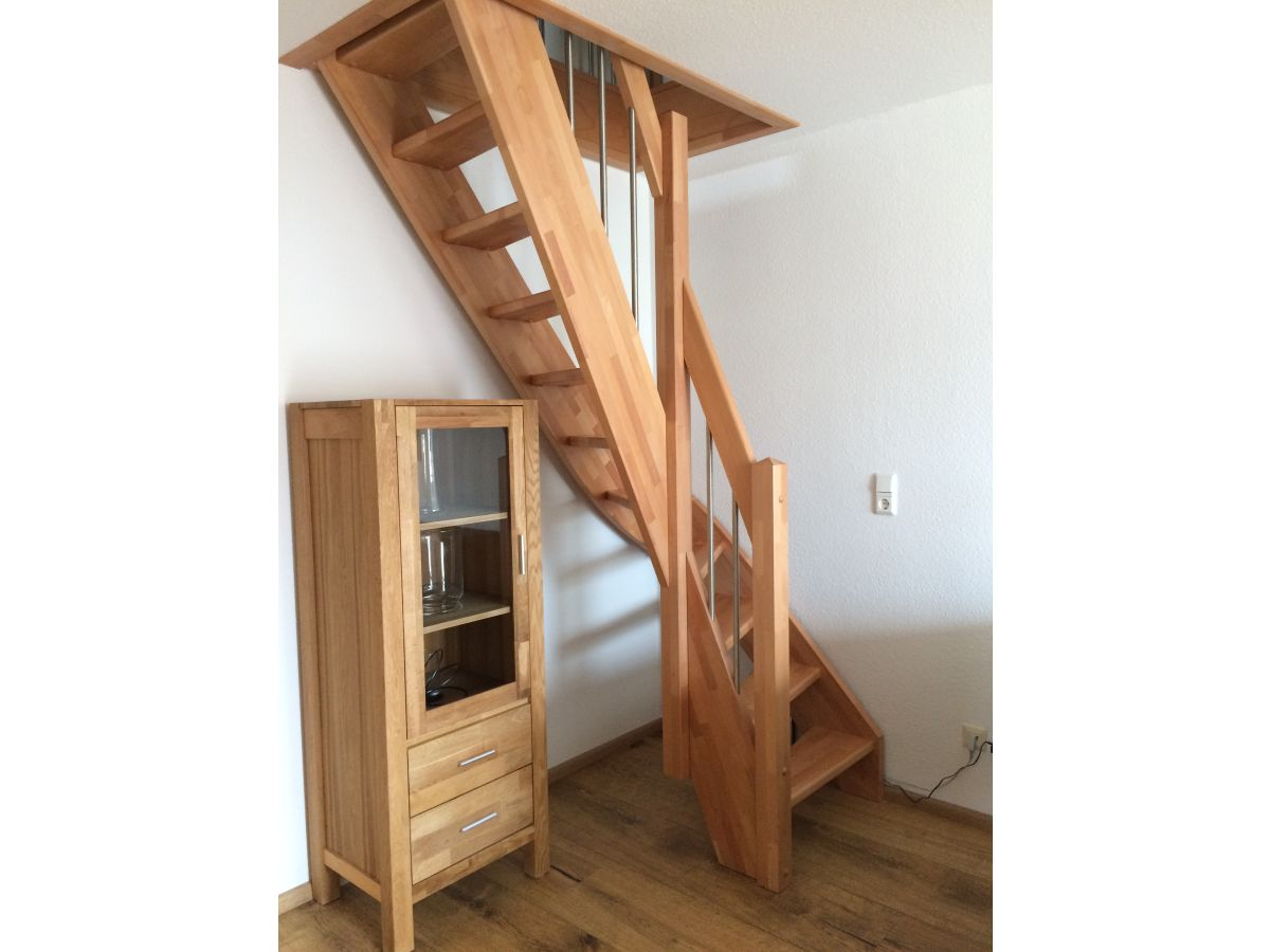 Klappbare Treppe Do Home Inspectors Go In An Attic Home
