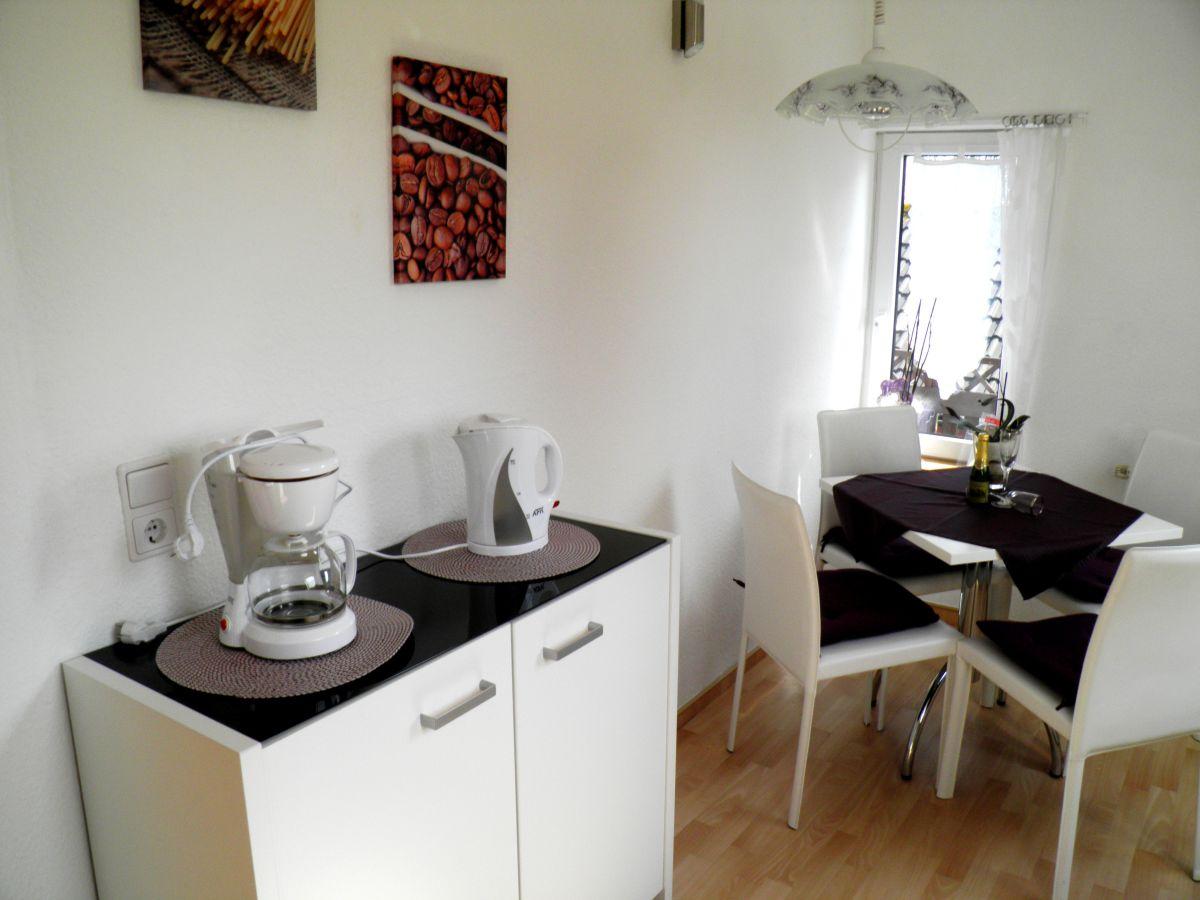 Essecke Wandgestaltung Digrit For | Ifmore Kleine Wohnzimmer Mit Essbereich